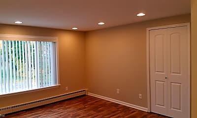 Bedroom, 409 S Main St, 0