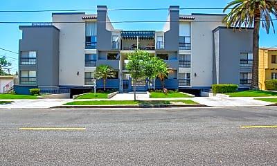 Building, 413 N Adams, 0