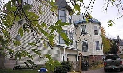 Building, 241 S Winooski Ave, 1