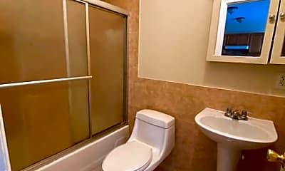 Bathroom, 692 Summit Ave, 2