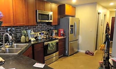 Kitchen, 1015 W Huron St, 1