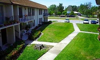 Building, 937 W Oak Ridge Rd B, 1
