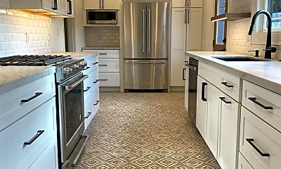 Kitchen, 4746 E Mountain View Dr, 0
