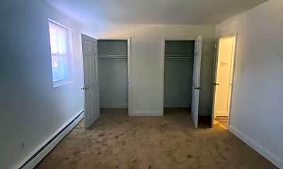 Living Room, 1000 W Atlantic Ave, 2