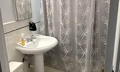 Bathroom, 236 Chestnut, 2