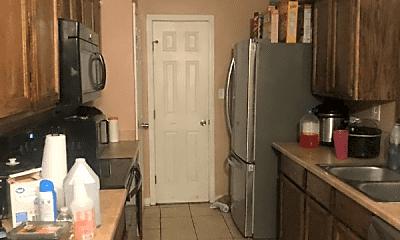 Kitchen, 5500 Holley Ln, 1