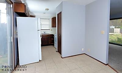 Kitchen, 857 S Broadview St, 1