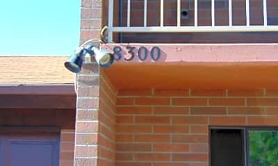 8300 E Lakeshore Dr, 1