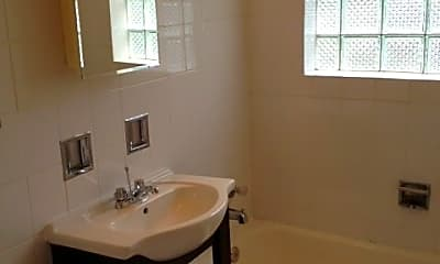 Bathroom, 6901 N Bell Ave, 2
