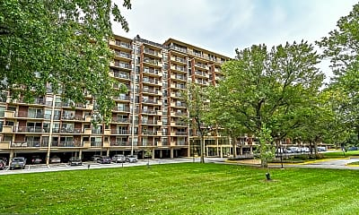 Building, 1300 Army Navy Dr 425, 2