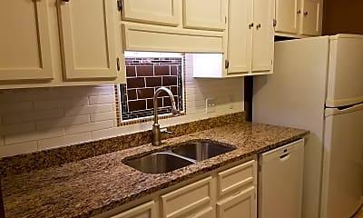 Kitchen, 2007 Village Creek Dr, 0