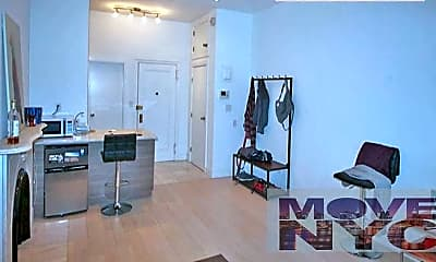 Bedroom, 72 Irving Pl, 1