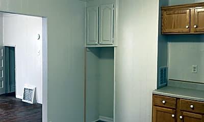 Kitchen, 1212 E Frye Ave, 2