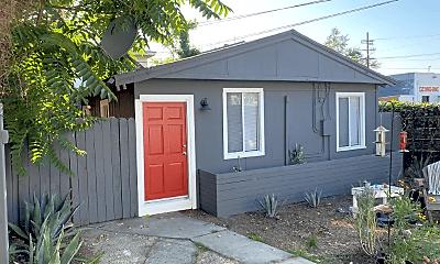 Building, 555 N Virgil Ave, 1