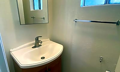 Bathroom, 1036 Carob Way, 2