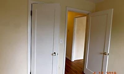 Living Room, 1008 S 2nd St, 2