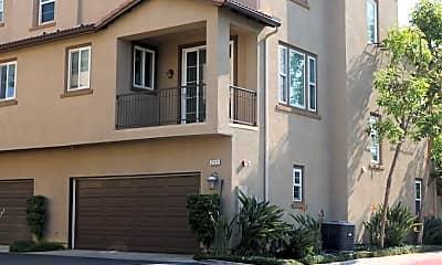 Building, 255 E Santa Fe Ct, 1