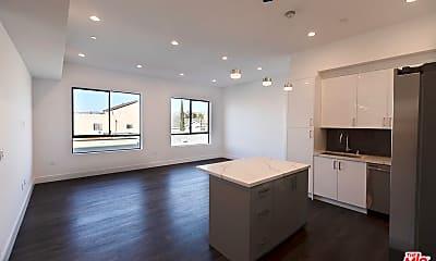 Kitchen, 5254 Denny Ave 202, 1