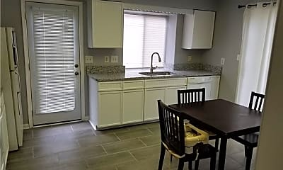 Kitchen, 422 Lees Mill Dr, 1
