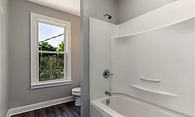 Bathroom, 1900 North St B, 2