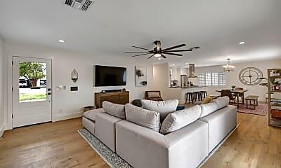 Living Room, 8337 E Fairmount Ave, 1