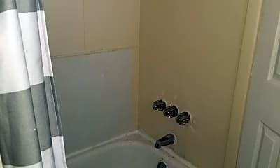 Bathroom, 2097 Bridge St, 2