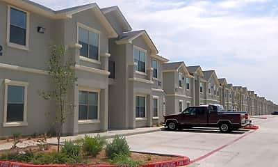 Building, 212 Obsidian Blvd, 1