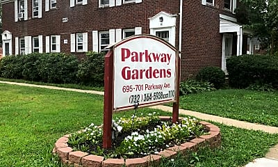 Parkway Gardens Apartments, 2