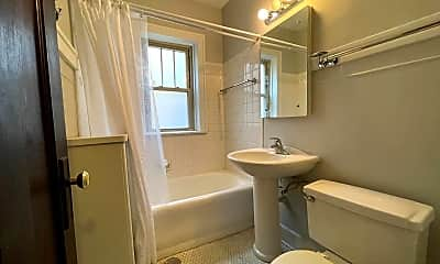 Bathroom, 238 S Maple Ave, 2