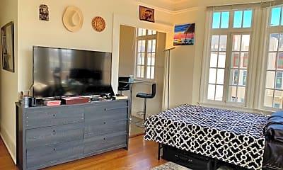 Bedroom, 700 Taylor St, 1