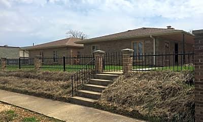 Building, 516 E Elm St, 0