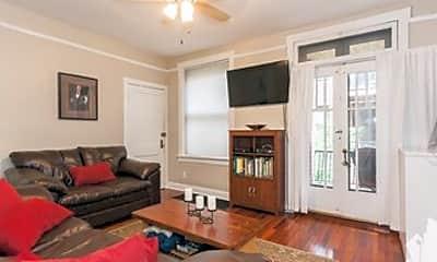 Living Room, 2110 N Seminary Ave, 1