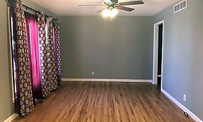 Bedroom, 627 S Whittier St, 1