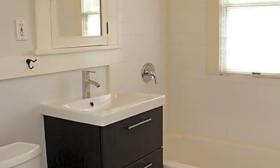 Bathroom, 2909 NE 9th Ave, 2