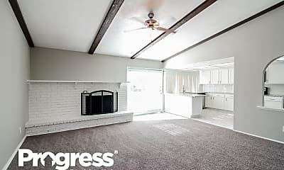 Living Room, 902 Live Oak Dr, 1