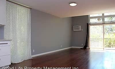 Bedroom, 4545 Collwood Blvd, 1