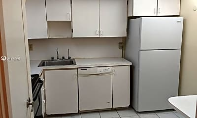 Kitchen, 4160 Inverrary Dr 103, 1