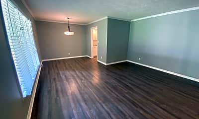 Living Room, 3600 S Dayton Ave, 1