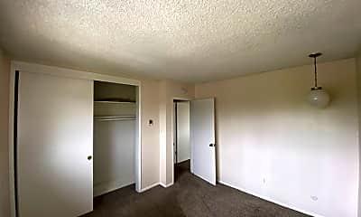 Living Room, 2101 Dale St, 2