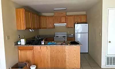 Kitchen, 5847 Brush Creek Dr, 1