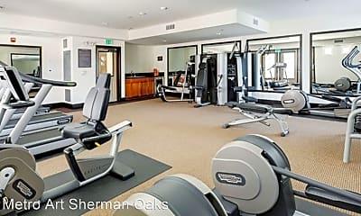 Fitness Weight Room, 14140 Moorpark St, 2