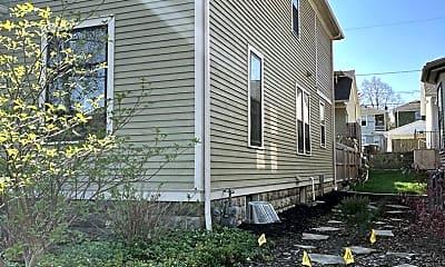 Building, 1313 W Wayne St, 1