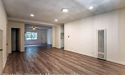 Living Room, 1537 Stanford St, 1