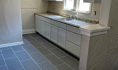 Bathroom, 289 Dewitt St, 0