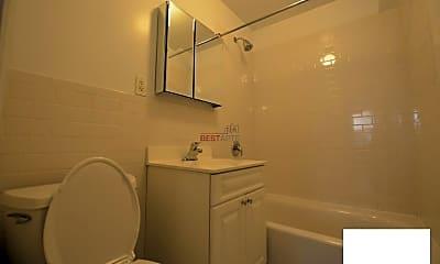 Bathroom, 571 3rd Ave, 2