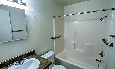 Bathroom, Alta Tierra, 2