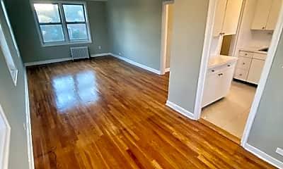 Living Room, 71 Virginia Rd 16B, 0