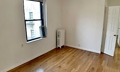 Living Room, 21-38 35th St, 1