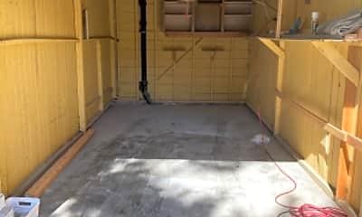 Patio / Deck, 204 S E St, 2