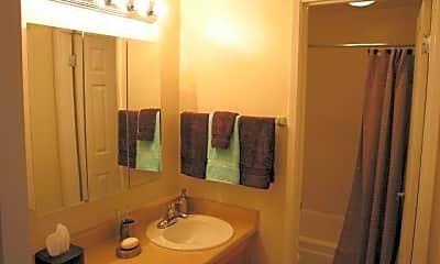 Bathroom, Ventana Apartments and Townhomes, 2